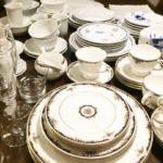 食器棚の大掃除♪「超電水クリーンシュ!シュ!」で棚の中もすっきりキレイ♪食器を全部洗って並べてみたら洋食器だけでもこんなにあった~
